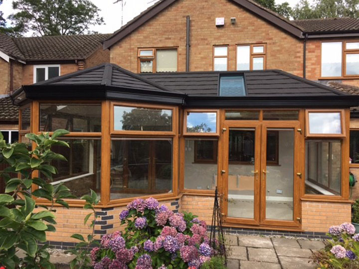 365 Warm Roof Conservatory